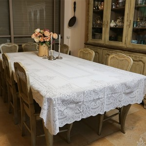 Tablecloth for Shabbos & Yomtov